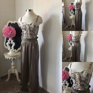 🌺 Victoria's Secret Gorgeous 2Pce Silk Night Wear